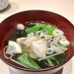 たつみ寿司 - 汁物は鯛のお吸い物