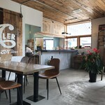 CAFE STAND PROPELLER - 店内