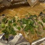 海鮮問屋 海ぼうず - 牡蠣のゴロゴロ焼き