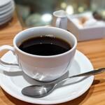 ビストロ ラ・プリュム - コーヒー