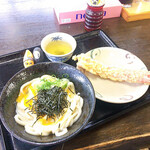 こだわり麺や - 釜玉(小)とカニカマ天