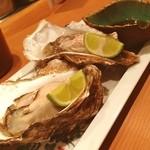 海のぼん - 二発目、生牡蠣。ほんと秋は牡蠣三昧。おいし!
