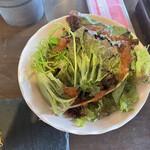 156551439 - 野菜もしっかり食べなきゃ!ダチかんよ〜♬