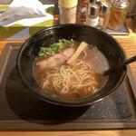 麺場 浜虎 - 朝醤そば 590円(税込)