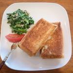 オアシス - 料理写真:朝食 ホットサンド