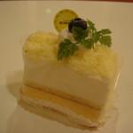 15656453 - 極上チーズ(320円)