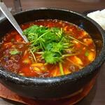 多福菜香 - 川崎石焼麻婆豆腐、トッピングパクチー、トッピングご飯