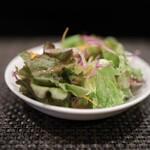 156568838 - サラダも美味しい♪