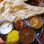 インド料理 マナカマナ - ('12/11)2種類カレーセット(マトン、バターチキン)