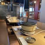 あじ処 城粋 koiki - 3F 焼肉フロア/国産牛の食べ放題をお楽しみいただけます。