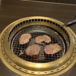 ワンカルビ - 豚タン食べ放題はどこも同じ?