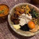 バッティ ネパール居酒屋 - サマェバジセット