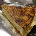 チーズ&ワインアベ - 料理写真:チーズケーキ。