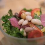 カフェ ア・ラ・カンパーニュ - セットのサラダ