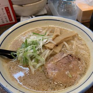 ラーメンたか - 料理写真:味噌ラーメン ¥780(税込)