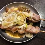 四文屋 - 料理写真:もつ焼