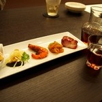 中国菜房豪也 - 料理写真:本日の前菜盛り合わせ& 紹興酒