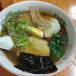 龍王  - 醤油ラーメン