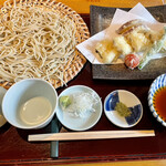 156650735 - 江戸前アナゴの天ぷらせいろ江戸前アナゴ、野菜3品) 2021.07