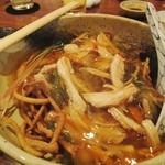 凪 - 揚げ蕎麦の上に醤油あんかけ 和風皿うどん