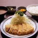 蘭亭ぽん多 - 平日ランチのロースカツ定食
