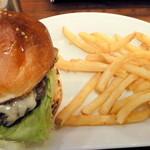 ザ・ビートダイナー - 【再訪2012年11月】こちらが期間限定、まいたけバーガー1250円!