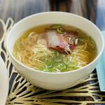 SILIN 火龍園 - ハーフサイズのチャーシュー麺