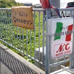 カフェ ド カトルセゾン - 道端の看板
