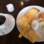 カフェ ド カトルセゾン - モーニング(全体)