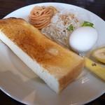 カフェ ド カトルセゾン - モーニング(バタートースト)