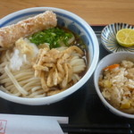 15668759 - ぶっかけうどん(大)温だし、ミニちくわ天ぷら、炊き込みごはん