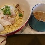 鶏と魚介らぁ麺komugi - komugiつけ麺