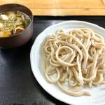 のり兵衛 - 料理写真:肉汁うどん 小(650円)