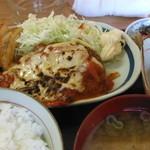 一喜 - ハンバーグトマトソース定食(750円)