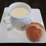 マリベン - ('12/10)セットのパンとスープ