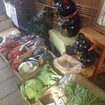 麺処 みどり亭 - 野菜の販売もしていた