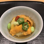 いしづか - ランチ青龍12500円。ずんだ豆腐 雲丹。もちっとした不思議な食感の豆腐が、薄味のお出汁とマッチしています。雲丹も良かったです(╹◡╹)(╹◡╹)