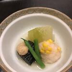 いしづか - ランチ青龍12500円。冷やし煮物。美味しくいただきました(^。^)。こんなに冷やしてある煮物は初体験かも。。。冷蔵庫の温度でした
