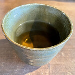 CURRY&NOBLE 強い女 - 食後の京番茶。香ばしくてホッと落ち着きますね。