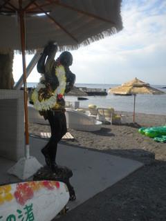 カメハメハ大王の渚 - 入口のオブジェ