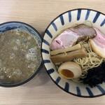 煮干しらーめん 田中にぼる - 煮干し胡麻つけ麺(並200g)(900円)
