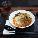 タンタンヌードル 楽 - 冷やし汁なし坦々麺900円