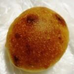 156753645 - チーズのパン