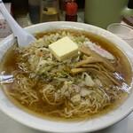 うれっ子 - バターラーメン(¥750)+大盛(¥100)