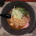 みつか坊主 - ストレート中太麺