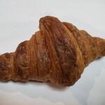 薪窯パン パンのおと - クロワッサン