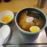大宮大勝軒 - チャーシュー麺(小)1,100円+生卵50円