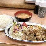 洋庖丁 - 料理写真:からし焼肉ランチ(並)
