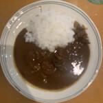 156854410 - ビーフカレーのミニサイズ(900円)※ピンボケ