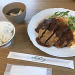 洋食のオーニシ - 料理写真: